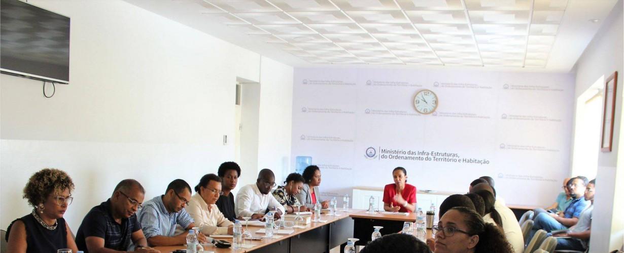 Contributo da IGAMAOT para a definição da nova estrutura orgânica do Ministério das Infra-Estuturas, do Ordenamento do Território e Habitação (MIOTH) de Cabo Verde.